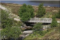 NN3268 : Bridge over the Allt a'Chamabhreac by Nic Bullivant