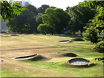 SX9063 : Putting green, near Torre Abbey, Torquay by Tom Jolliffe