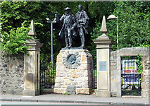 NT2273 : Statue of Alan Breck & David Balfour by Thomas Nugent
