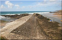 SS2006 : The Breakwater at Bude  by roger geach