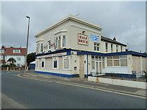 TQ1602 : Closed pub in Brighton Road by Basher Eyre