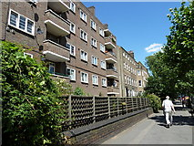 TQ3179 : Flats in Lambeth Road by Basher Eyre