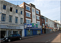 SO9490 : High Street, Dudley by Brian Clift