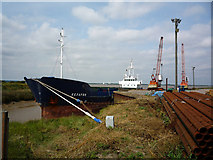 TA0623 : Old Ferry Wharf, Barrow Haven by David Wright