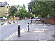 SP5007 : Junction of Leckford Place and Leckford Road by Roger Templeman