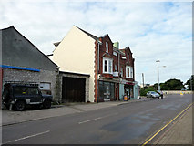 SY6874 : Shops near Leisure Centre, Portland, Dorset by Christine Matthews