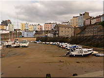 SN1300 : Tenby: the harbour at low tide by Chris Downer