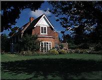 TM3669 : Abbotts Lodge, Sibton by Matthew Purves