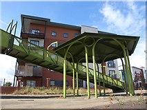 SJ8297 : Structure by the Irwell by Derek Harper
