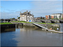 R5757 : Sarsfield Lock and Shannon Rowing Club by David Hawgood