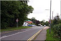 SU7995 : The A40 at Studley Green by Steve Daniels
