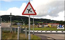 "J4973 : ""Low-flying aircraft"" sign, Newtownards by Albert Bridge"