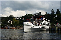SD4096 : Swan at Bowness-on-Windermere by Peter Trimming