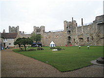 TM2863 : A rainy August day at Framlingham Castle by Basher Eyre