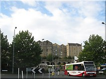 SE1633 : Bradford Free City Bus by Stephen Armstrong