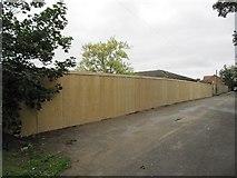 SU5985 : Fence by the Schuster by Bill Nicholls
