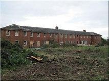 SU5985 : Awaiting demolition by Bill Nicholls