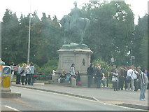 SX9193 : Exeter : Students & Statue by Lewis Clarke