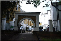 TQ2475 : Deodar Rd entrance to Wandsworth Park by N Chadwick