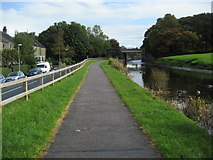 SD4760 : Lancaster Canal approaching West Coast Rail Line by Chris Heaton