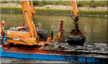 J3371 : Dredging the River Lagan, Belfast -  2010/11 (27) by Albert Bridge