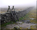 J2926 : The Mourne Wall near Lough Shannagh by Rossographer