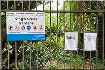 TQ3479 : King's Stairs Gardens by Martin Addison
