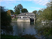 TQ1673 : Riverside house on Eel Pie Island by Eirian Evans