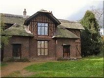 TQ1776 : Queen Charlotte's cottage by Paul Gillett
