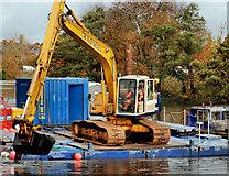 J3472 : Dredging the River Lagan, Belfast -  2010/11 (46) by Albert Bridge