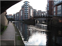 SP0586 : Birmingham Canals by Gareth James