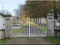 S4125 : Gate and Avenue by kevin higgins
