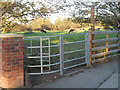 SJ3906 : Kissing gate to a public footpath by Row17