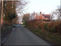 SJ5148 : Road To Hampton by J Scott