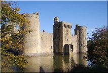 TQ7825 : Bodiam Castle - south wall by N Chadwick