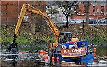 J3472 : Dredging the River Lagan, Belfast  -  2010/11 (89) by Albert Bridge