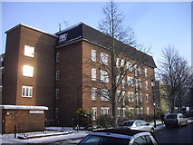 TQ2677 : Knights House, Hortensia Road, Chelsea by PAUL FARMER
