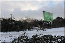 SU5290 : Hoarding by the carpark by Bill Nicholls