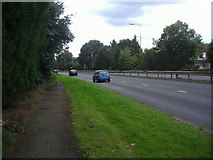 TQ1665 : Kingston Bypass eastbound, Hinchley Wood by David Howard