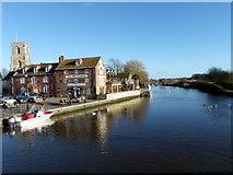 SY9287 : River Frome, Wareham by Maigheach-gheal