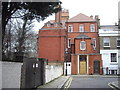 TQ2777 : The grand London home of Uncle Monty, 35 Glebe Place, Chelsea by PAUL FARMER