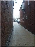 SO9496 : Fleet Alley by Gordon Griffiths