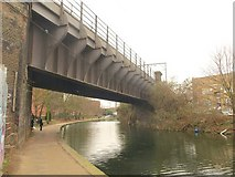 TQ3681 : Railway bridge, Regent's Canal by Derek Harper