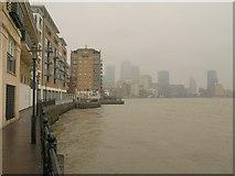 TQ3680 : Thames at Limehouse by Derek Harper