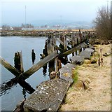 NS3974 : Remains of a jetty by Lairich Rig