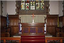 TQ4094 : St John the Baptist, Buckhurst Hill - Sanctuary by John Salmon