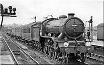TM1543 : Ipswich Station, with Gorleston - Liverpool Street express arriving by Ben Brooksbank