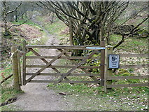 SK2078 : Gate at footpath junction in Bretton Clough by Graham Hogg