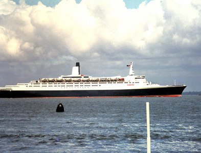 SZ5993 : QE2 outward bound from Southampton on the Solent 1970 by Gordon Spicer
