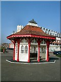 TQ7407 : Seafront Shelter - Bexhill by Paul Gillett
